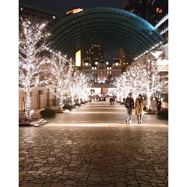 仕事帰りに恵比寿に寄り道~なんだか疲れました~(笑)イッタラが閉店saleしてました#lifeofkaren #lifeintokyo - from Instagram