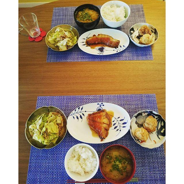 今日は金目の煮付けです。普段は自分で煮魚をつくりますがこちらはデリやっぱり美味しい~そして、楽してます#lifeofkaren#yokohamalifestyle#lifeinyokohama - from Instagram