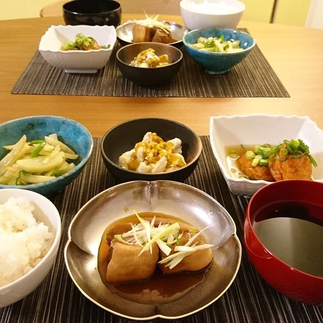 こんばんは今日は高座豚の角煮です菊乃井のレシピを参考にしてみました#lifeofkaren #casualandluxe #yokohamalifestyle#lifeinyokohama #暮らしを楽しむ - from Instagram