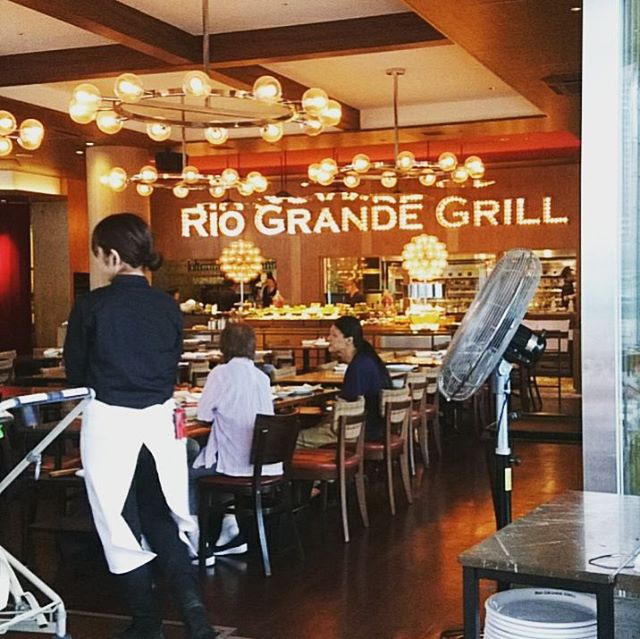 #riograndegrill で#dinner なかなか予約が取れず、ちょっと早い時間からディナーです#lifeofkaren #casualandluxe #lifeinyokohama #yokohamalifestyle #暮らしを楽しむ - from Instagram