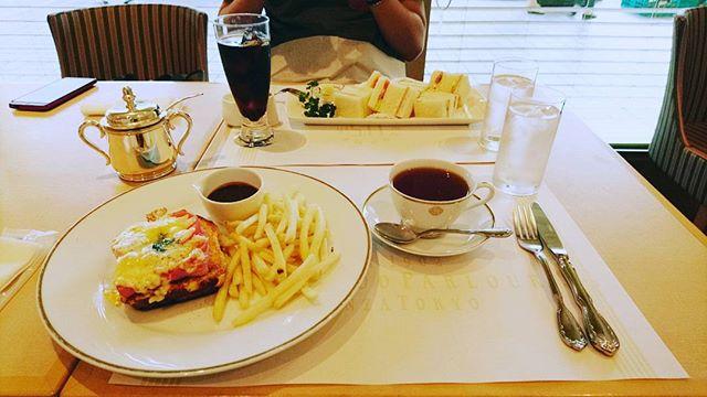 お早うございます#資生堂パーラー で#breakfast朝食の後はSOGOで買い出しです#lifeofkaren #casualandluxe #yokohamalifestyle#lifeinyokohama#暮らしを楽しむ - from Instagram
