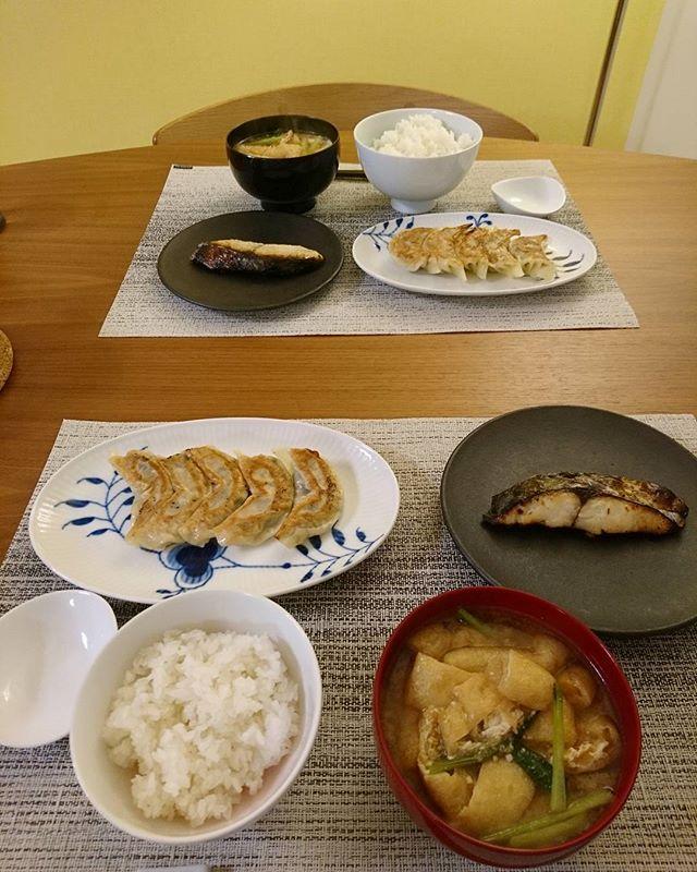 こんばんは今日は旦那様が夕食を用意してくれてます美味しそう~いただきます#lifeofkaren #casualandluxe #yokohamalifestyle #lifeinyokohama#暮らしを楽しむ - from Instagram