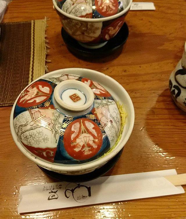 新京極の#寿司乙羽 で冬の風物詩 #蒸し寿司 あつあつで美味しい#そうだ暮らしを楽しもう #lifeofkaren #casualandluxe #yokohamalifestyle#lifeinyokohama#暮らしを楽しむ - from Instagram