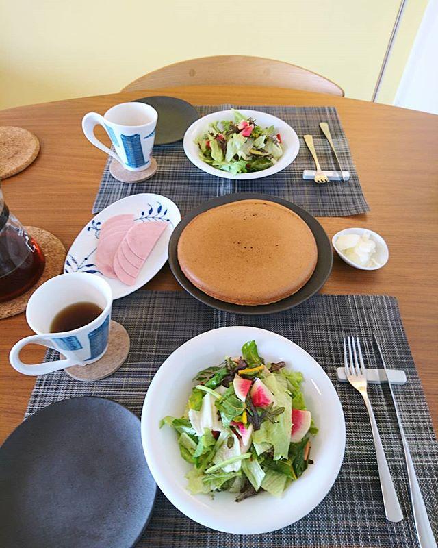 おそようございます連休最終日はノンビリと景色を見ながら自宅で#breakfast#lifeofkaren #casualandluxe #yokohamalifestyle#lifeinyokohama#暮らしを楽しむ - from Instagram